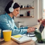 The Absolutely Best Active Noise Cancelling Headphones For Freelancers