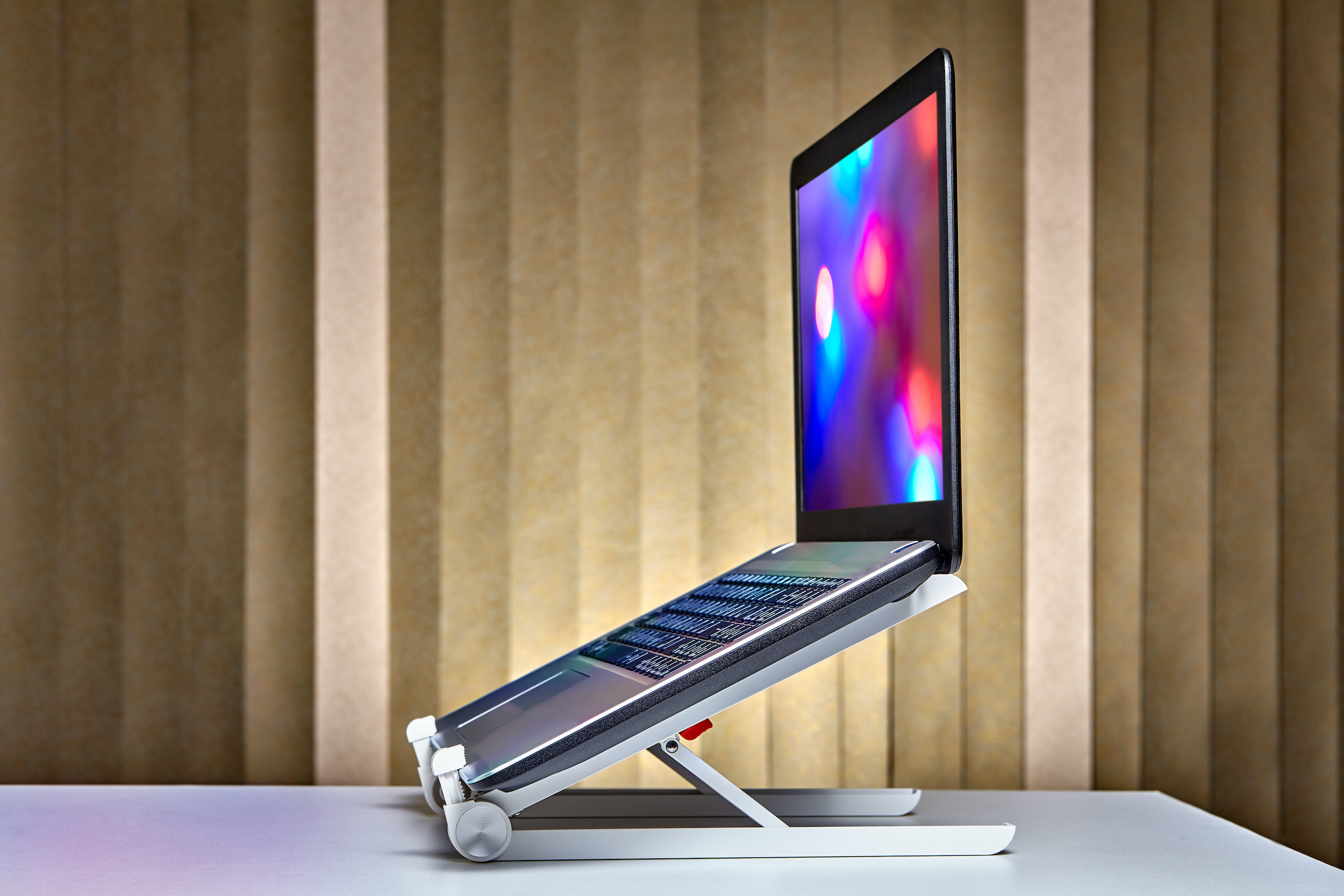 Best Laptop Stands for Freelancers