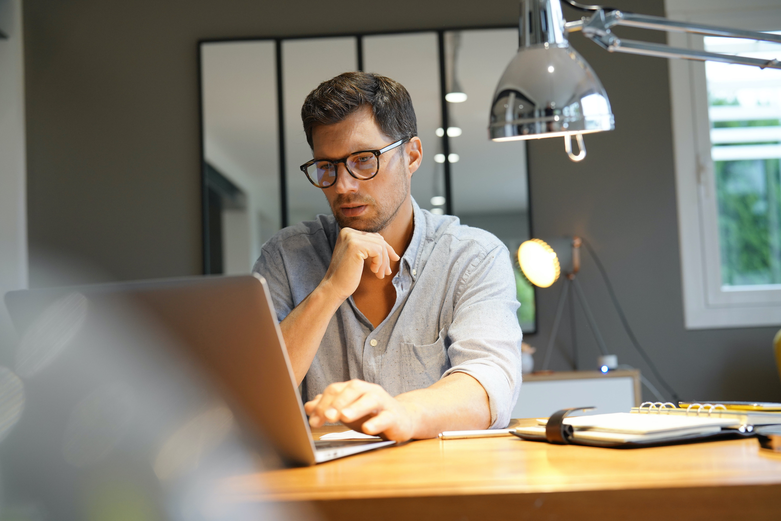 how to become an seo consultant